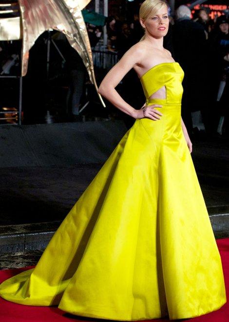 Elizabeth Banks in yellow Jason Wu Resort 2014