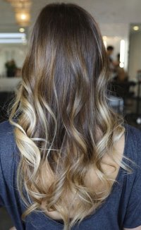 down hairstyles for curly prom hair