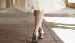 how to walk in high heels for prom