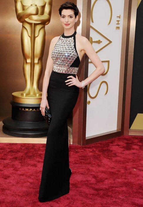 Anne-Hathaway-Oscars-2014
