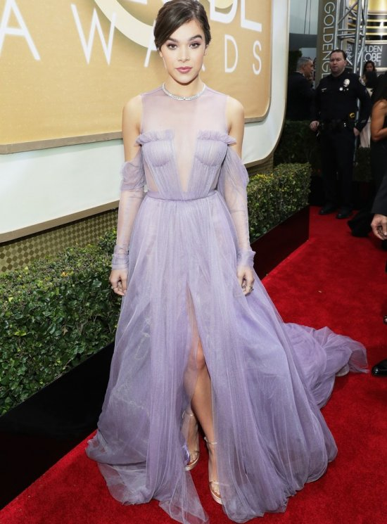 Golden globes dress vera wang Hailee Steinfeld
