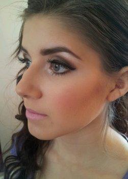 dramatic prom makeup